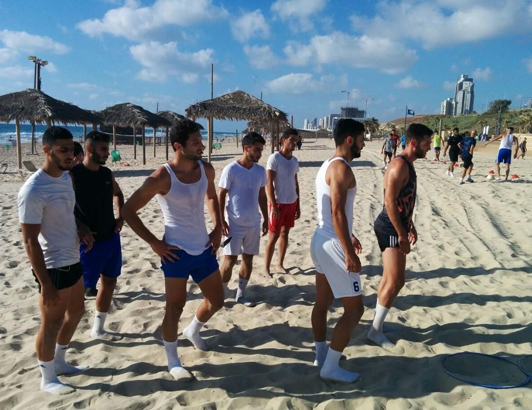 training.png_0008_הכנה_בים_3